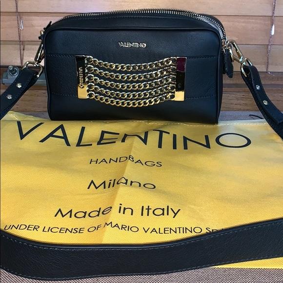 Valentino Handbags - Valentino by Mario Valentino crossbody bag